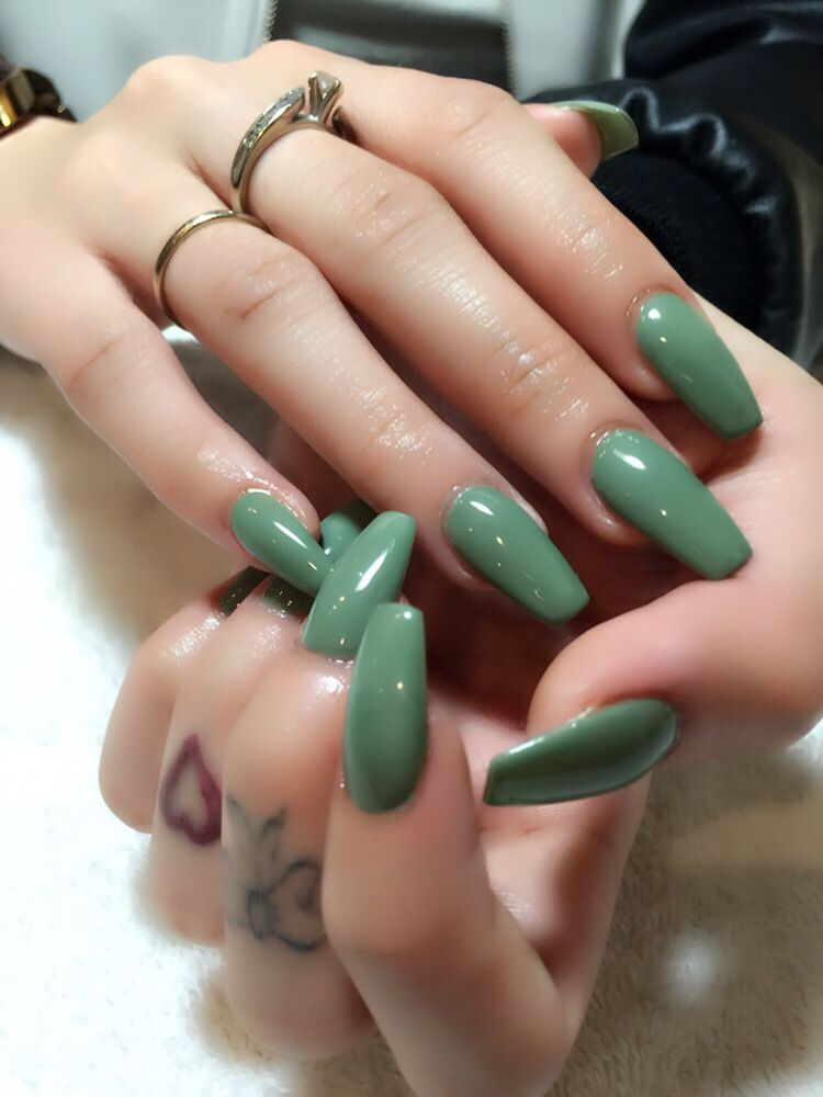 Ongles luxury 16 photos nail salons 7275 rue - Salon ongles montreal ...