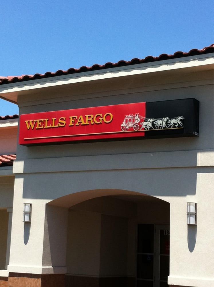 Wells Fargo Bank Banks Amp Credit Unions 18488 Blanco Rd