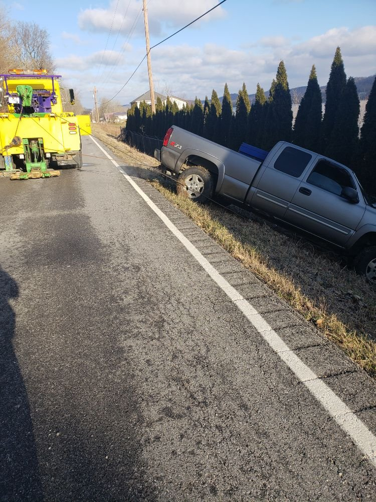 Towing business in Pleasant, IN