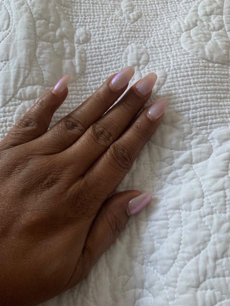 L'Amour Nails & Spa: 952 N Kinzie Ave, Bradley, IL