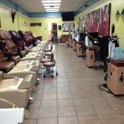 La nails 33 photos 11 reviews nail salons 1874 for 717 salon lancaster pa