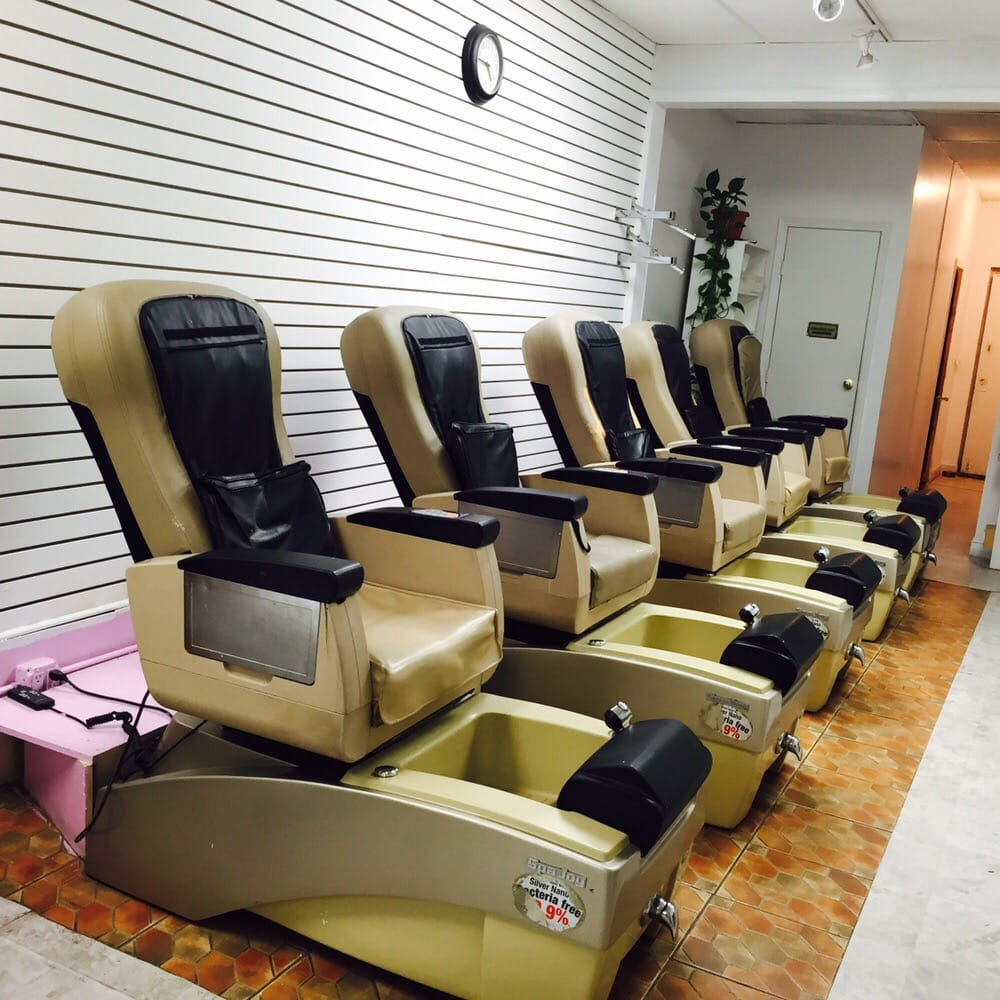 Himal nails spa 27 photos 105 reviews nail salons for 1662 salon east reviews