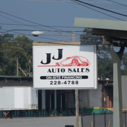 auto for sale sign