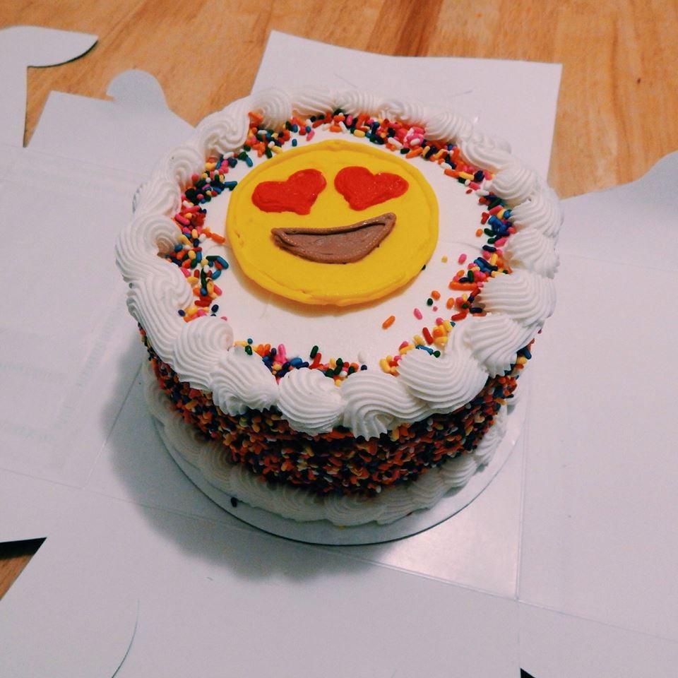 Cake Ice Cream Emoji : My fun emoji cake! - Yelp