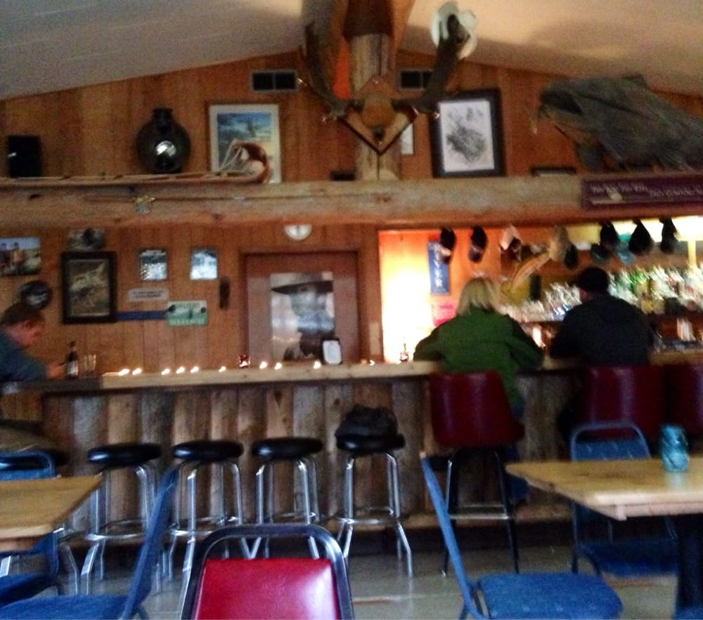 River Bend Restaurant & Saloon: 13068 Mt Highway 37, Libby, MT