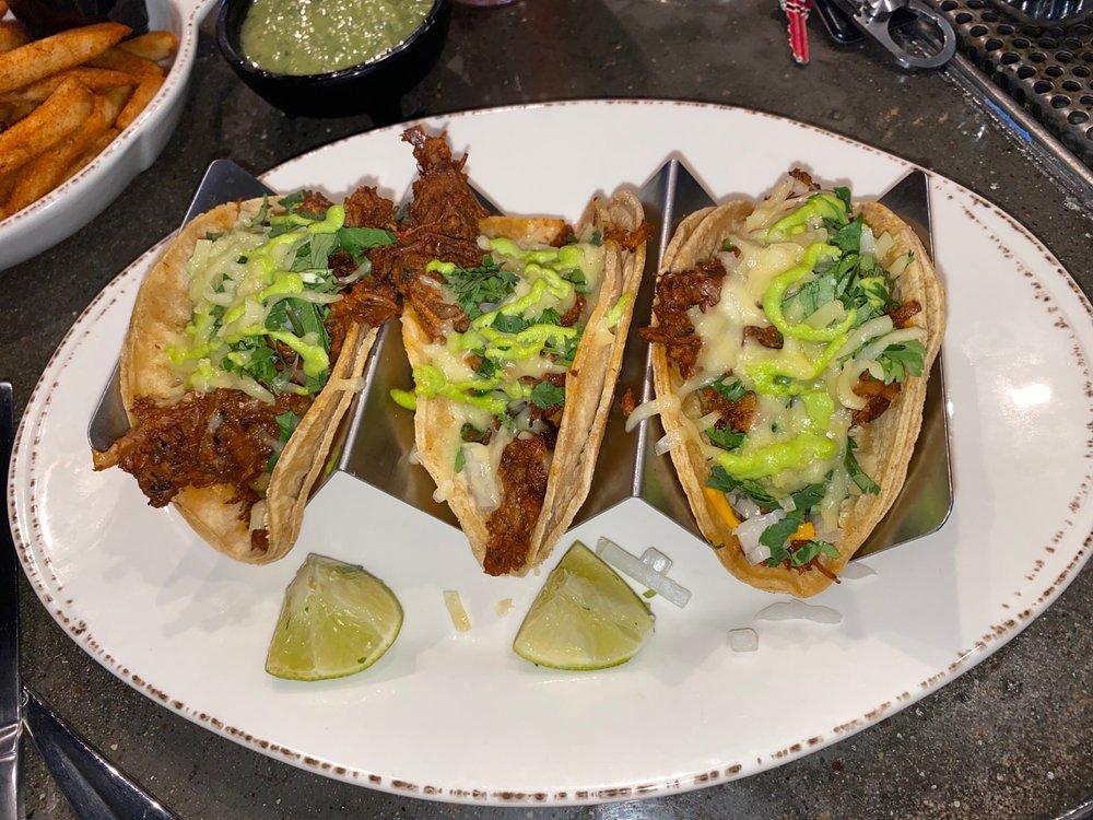 El Camino Kitchen: 9900 77th St, Pleasant Prairie, WI