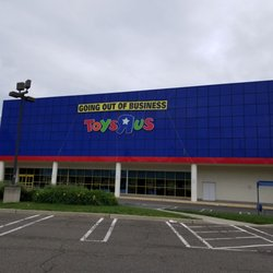 Toys R Us Closed 10 Reviews Toy Stores 634 Ridgewood Ave