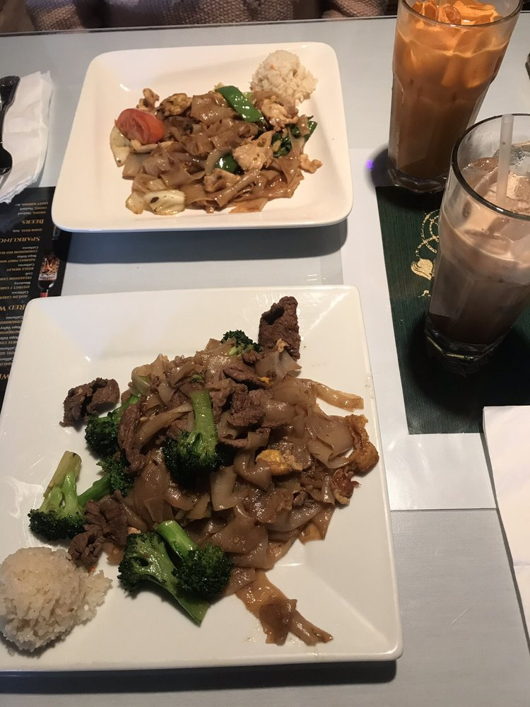 Thai Kitchen: 22411 Barton Rd, Grand Terrace, CA