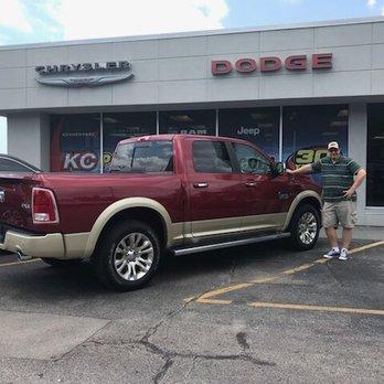 Photo Of Gladstone Dodge Chrysler Jeep U0026 RAM   Gladstone, MO, United States.