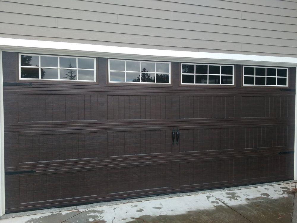 Mt Shasta Garage Doors: Mt Shasta, CA