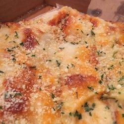 2 Famulari S Pizzeria Azalea