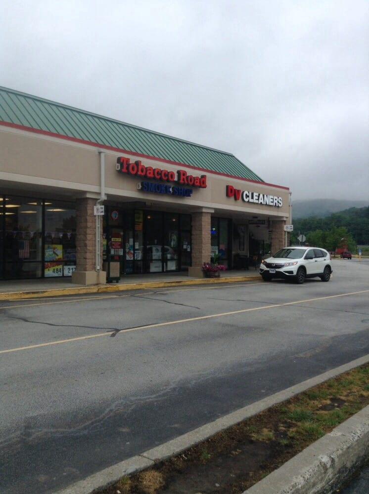 Tobacco Road: 111 Hulst Dr, Matamoras, PA