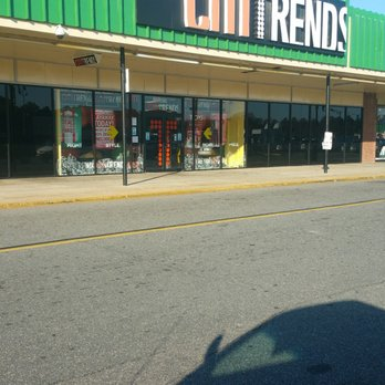 Citi Trends - Department Stores - 4656 N Southside Plaza St, Belt ...