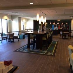 Photo Of Hampton Inn Fairmont Wv United States Dining Area For Breakfast