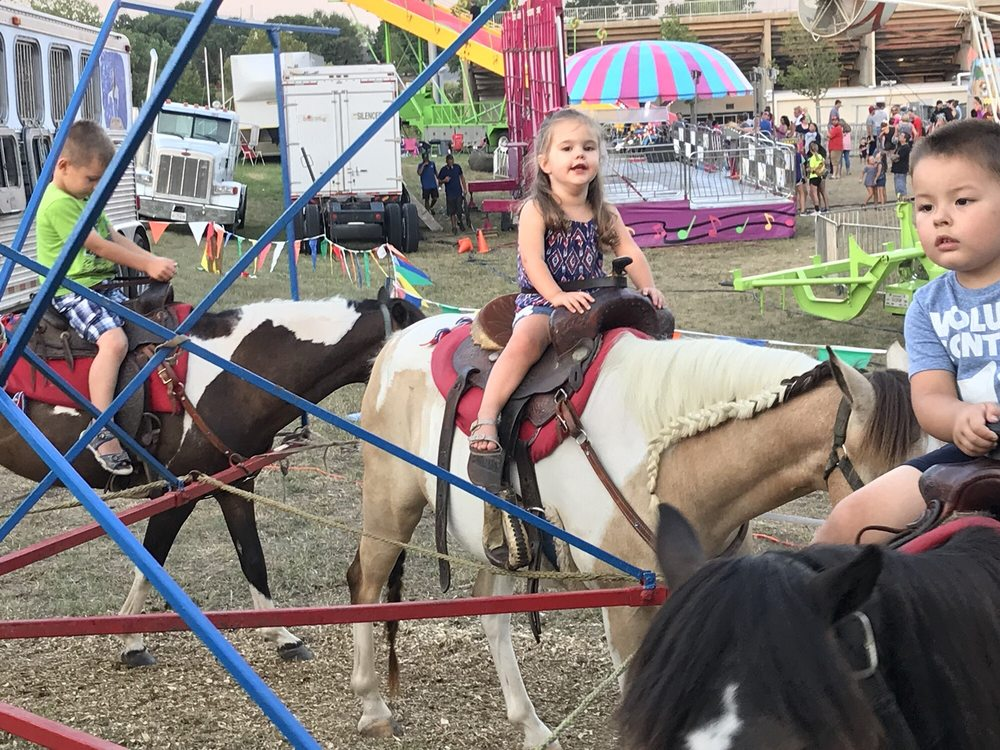 Bill & Patsy Hough's Pony Rides: 5508 N 430th, Pryor, OK