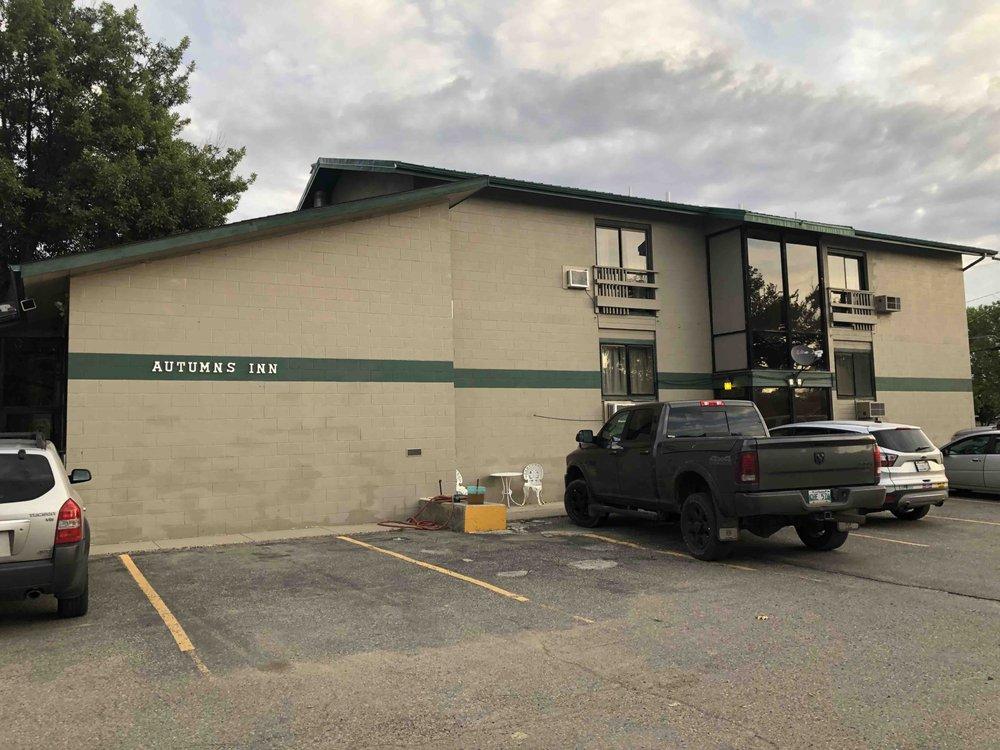 Autumn's Inn: 630 Main St, Roundup, MT