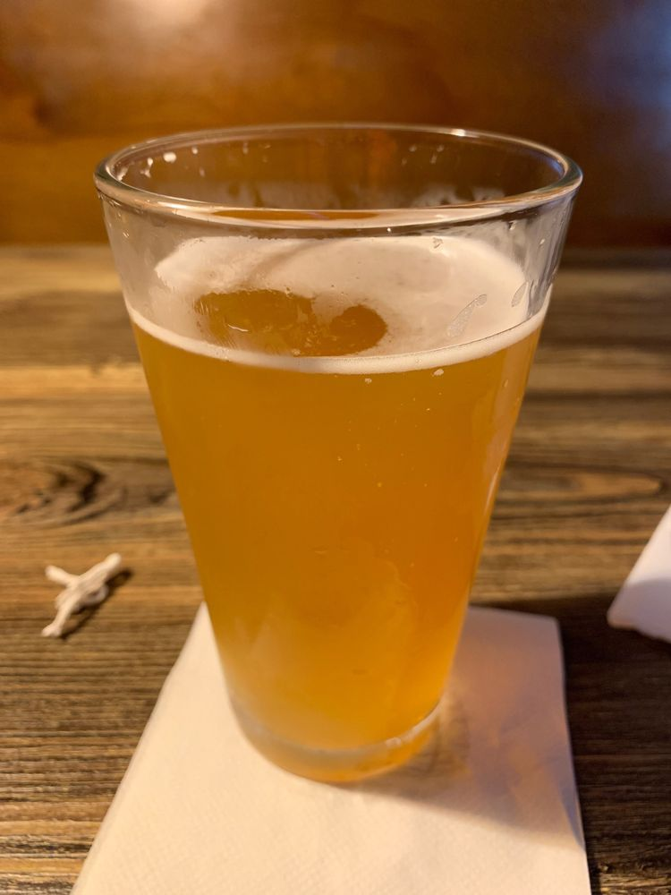 Taps Bar & Grill: 1025 East West Connector, Austell, GA