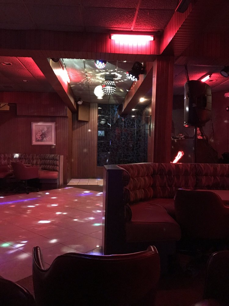 Lispi's Cocktail Lounge: Fox Hill Rd, Wilkes Barre, PA