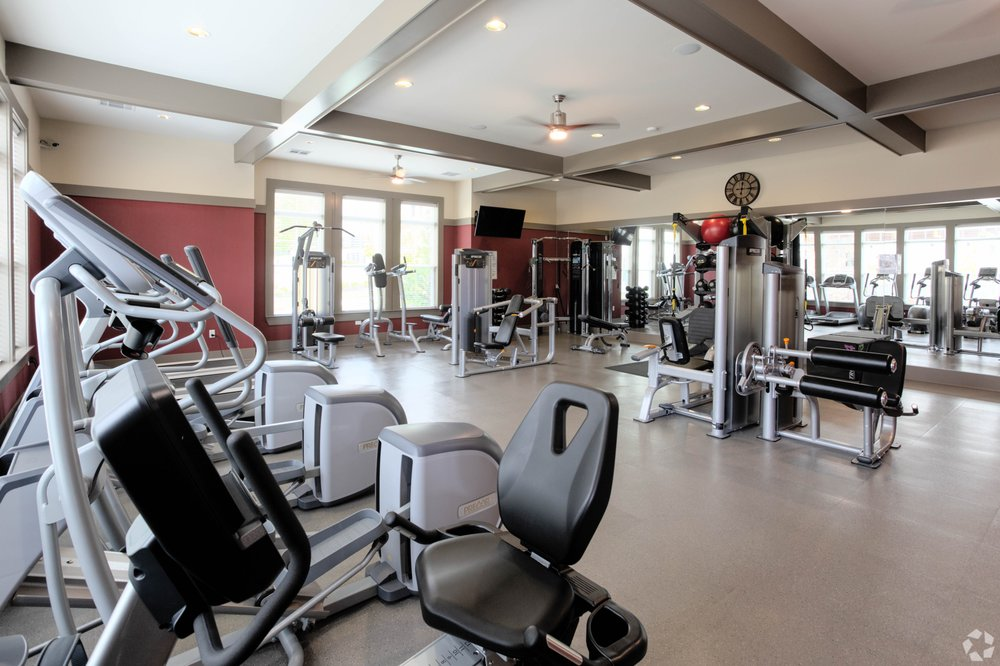 SpringHouse Apartments: 8400 Tapestry Dr, Louisville, KY