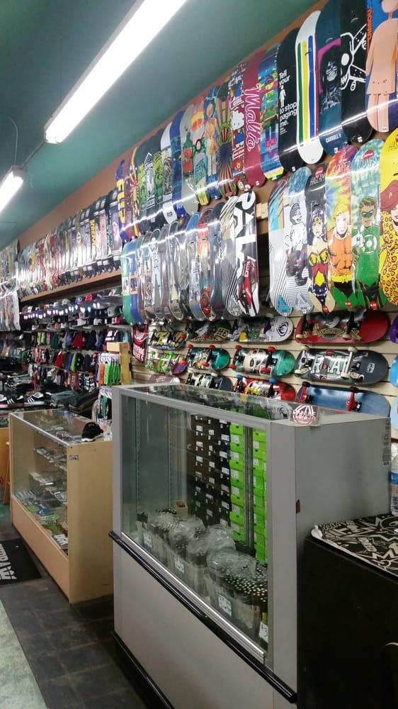 Mainline Skate Shop: 6619 Atlantic Ave, Bell, CA