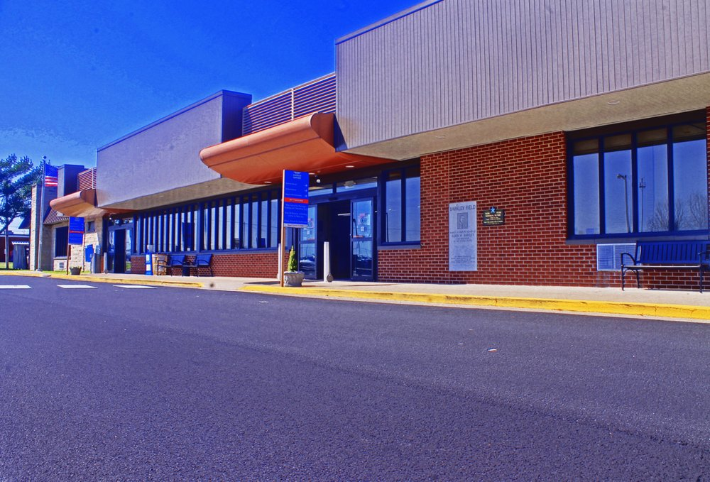 Barkley Regional Airport - PAH: 2901 Fisher Rd, West Paducah, KY