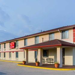 Photo Of Econo Lodge Lansing Leavenworth Ks United States