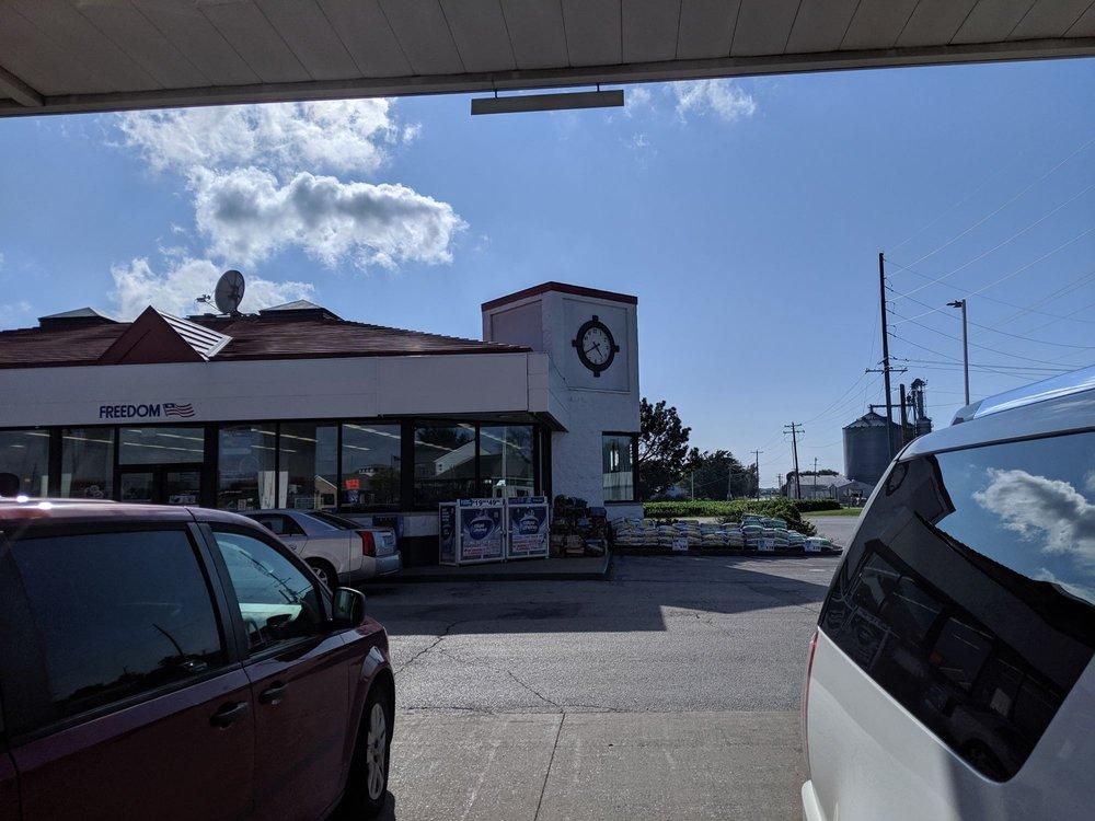 Shell: 211 E Peoria St, Goodfield, IL