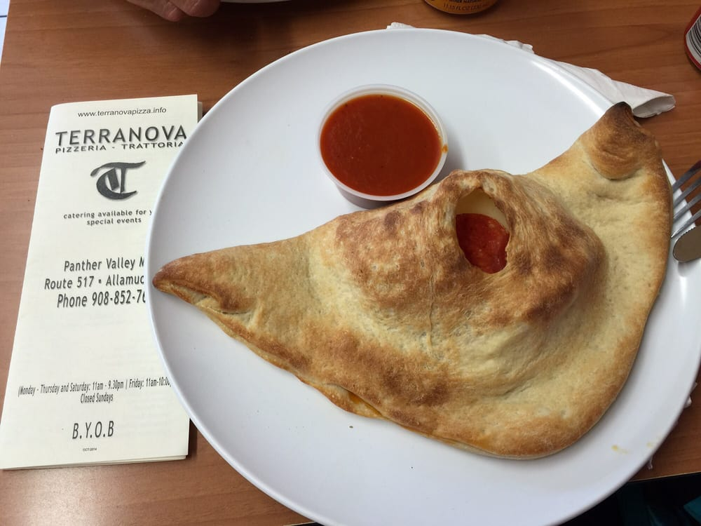 Terranova Pizzeria- Trattoria: 1557 Panther Valley Mall, Allamuchy, NJ