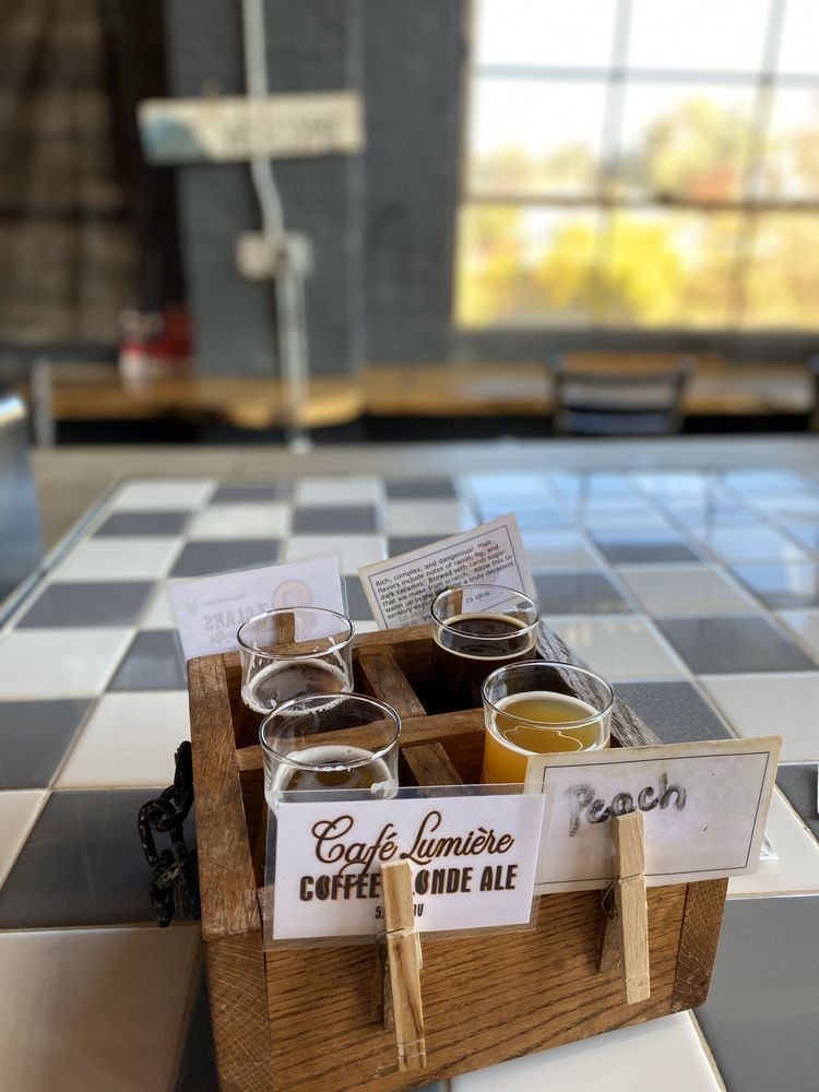 BearWaters Brewing Company: 101 Park St, Canton, NC