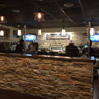 Commonwealth Kitchen And Bar Enfield Ct