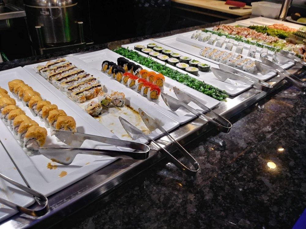 Food from Hibachi Grill Supreme Buffet