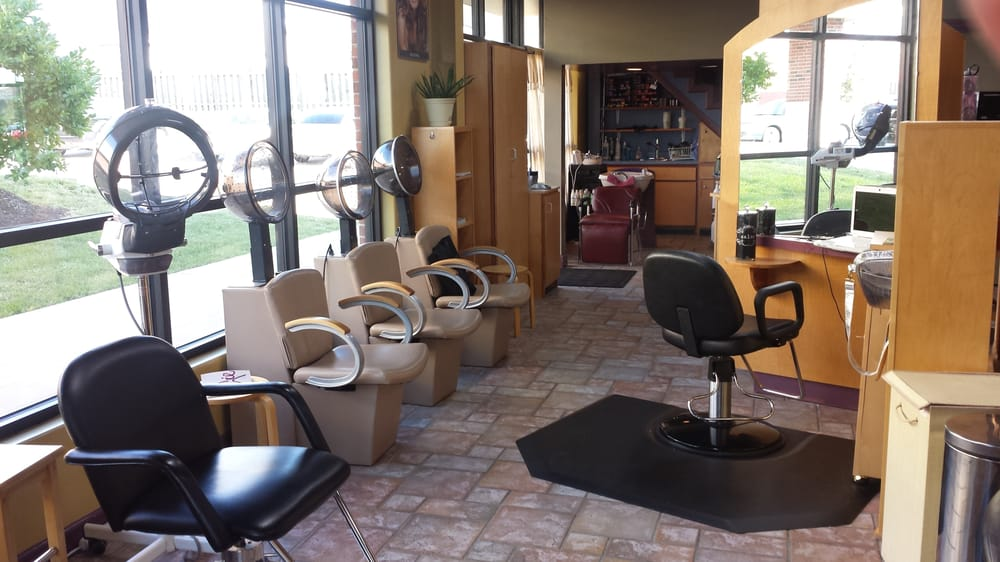 Beauty and Beyond: 2902 Forum Blvd, Columbia, MO