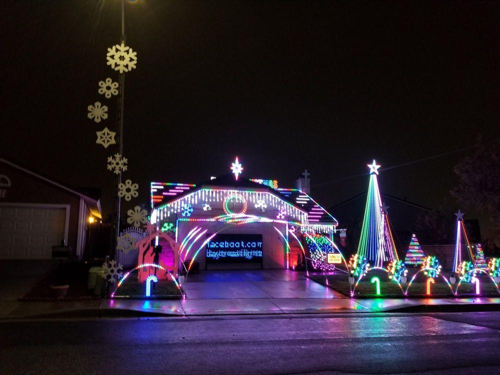 Daybreak Christmas light show: 7195 Daybreak Pl, Rancho Cucamonga, CA