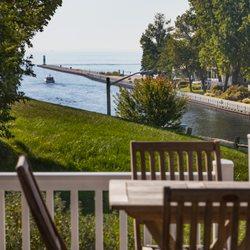 Shores Vacation Rentals Vacation Rental Agents 408 Eagle St