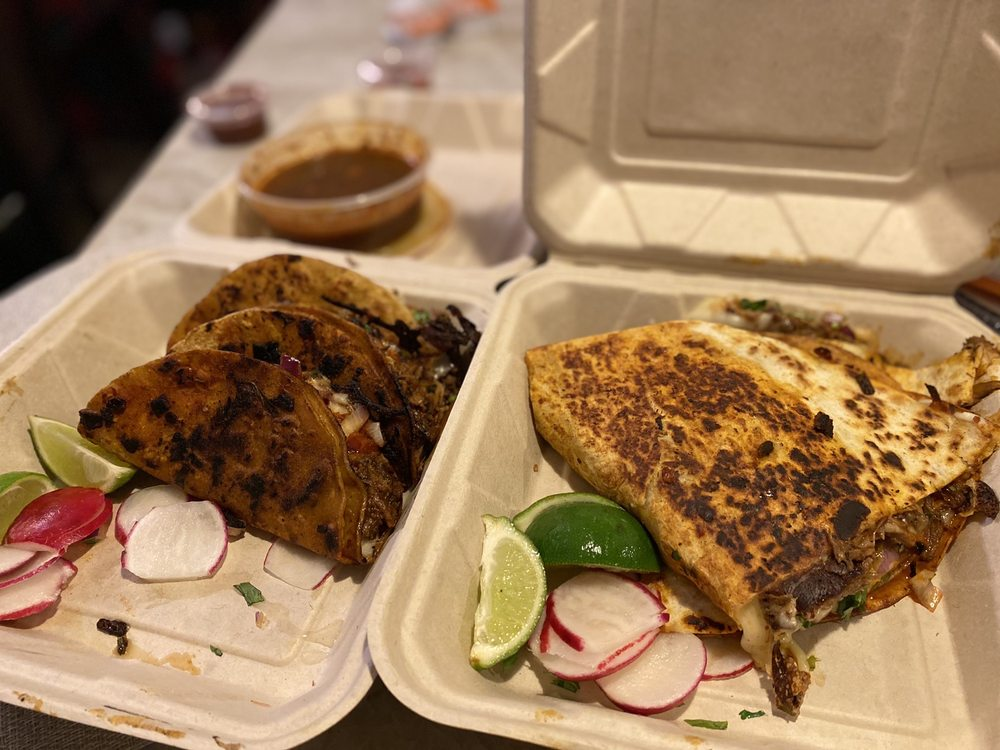Food from Chico's Taqueria