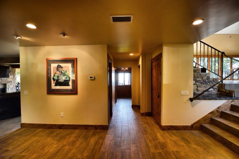 Mountain Shadows Retreat: 24260 Mosquito Ridge Rd, Foresthill, CA