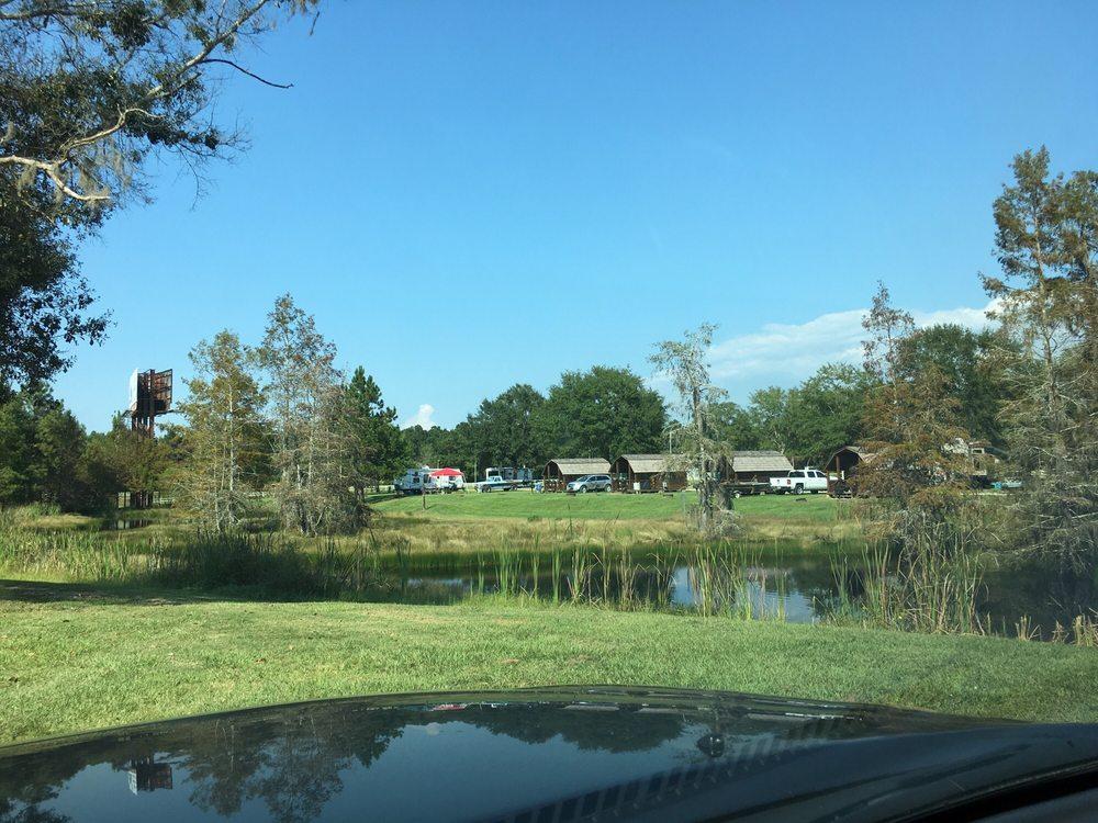 River Delta Marina & Campground: 2350 Dead Lake Marina Rd, Creola, AL