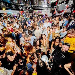 Am Southampton Nightclub 53 P Os 27 Reviews Dance Clubs 125 Tuckahoe Ln Southampton Ny Phone Number Yelp