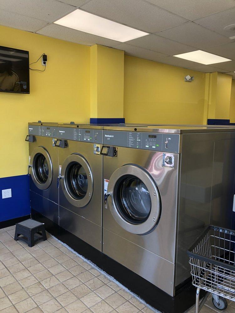 M&C Laundromat: 4806 Dale Blvd, Woodbridge, VA