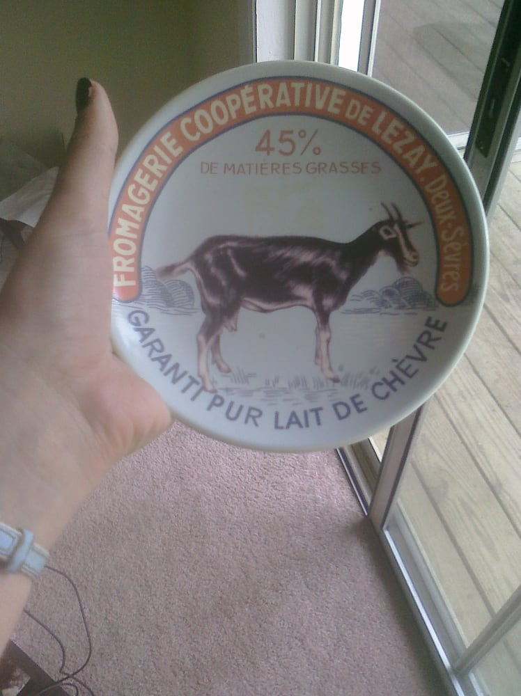 really cool plate i got there for 50 cents i put it under