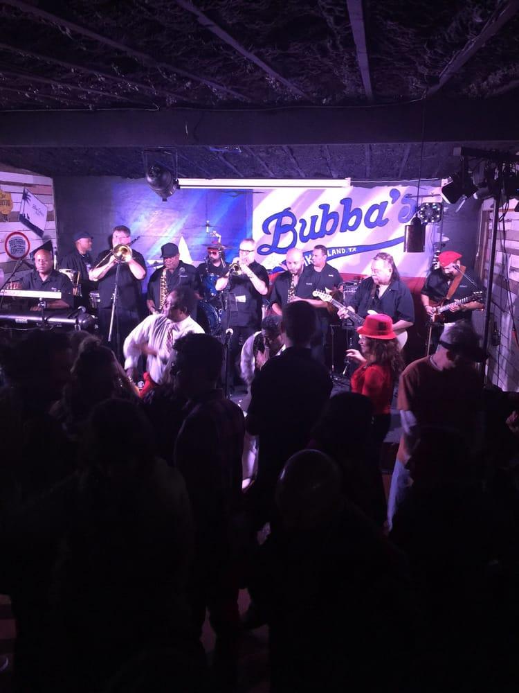 Bubba's at Tiki: 110 Gulf Fwy, Tiki Island, TX