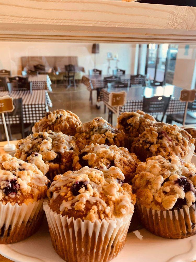 Whipped Bakery Cafe: 3820 N MacArthur Blvd, Warr Acres, OK