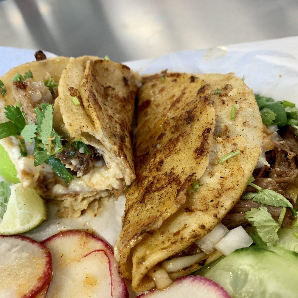 El Papi Street Tacos: 5904 Allentown Way, Camp Springs, MD