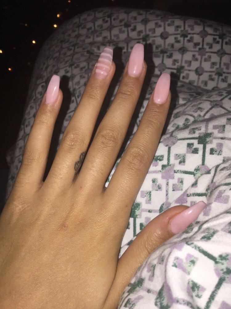 La Vie Nails and Spa