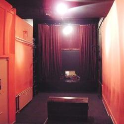 Theater Verlangertes Wohnzimmer Darstellende Kunste Frankfurter