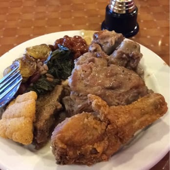Food - Picture of Celebrity Soul Food Buffet, Lake Forest ...