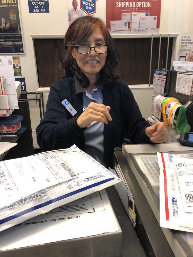 US Post Office: 24001 Calle De La Magdalena, Laguna Hills, CA