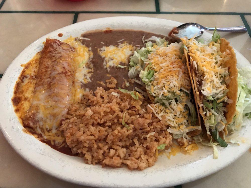 Magaly's Mexican Restaurant: 675 W 4th St, Benson, AZ