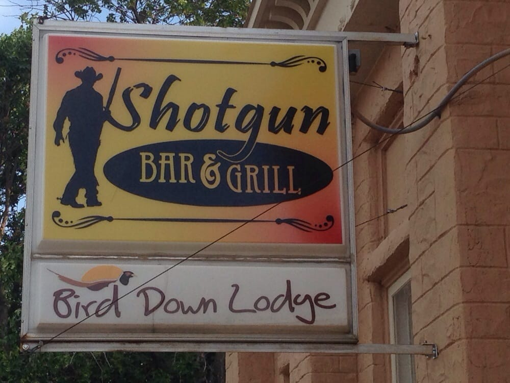 Bird Down Lodge: 1016 S 3rd Ave, Bowdle, SD