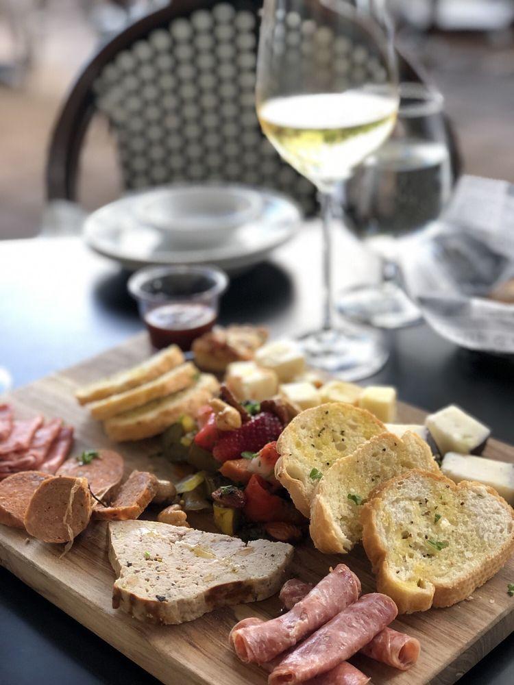 Vintij Food & Wine